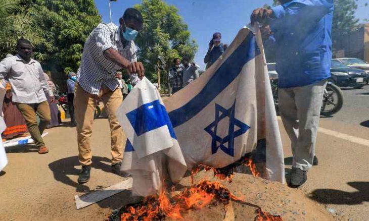 عقب التطورات الأخيرة.. تساؤلات في إسرائيل عن مصير التطبيع مع السودان